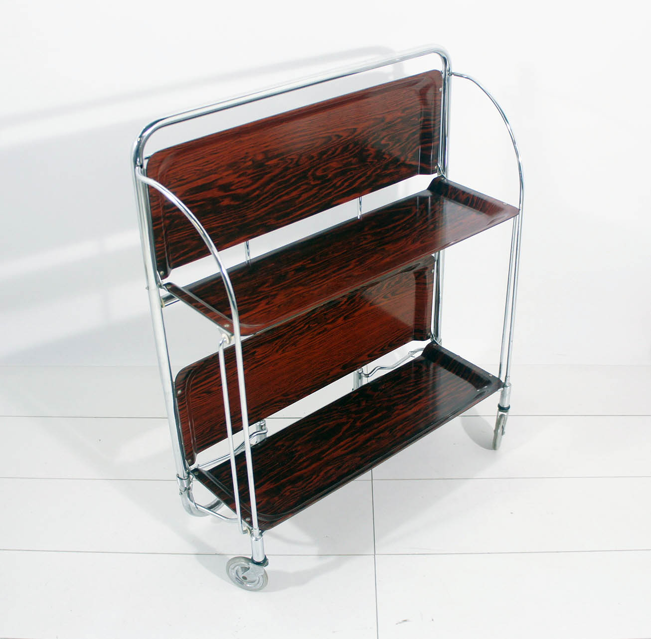 70er jahre bremshey dinett beistellwagen teewagen klappbar braun top zustand ebay. Black Bedroom Furniture Sets. Home Design Ideas