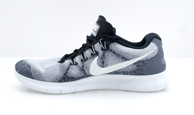 Nike Flex Run 2018 Natural Running Schuh Damen Hellgrau, Grau