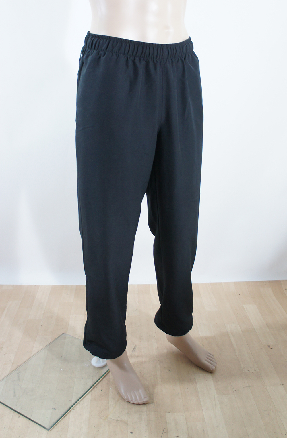 adidas sporthose herren hose jogginghose gr xl schwarz ebay. Black Bedroom Furniture Sets. Home Design Ideas