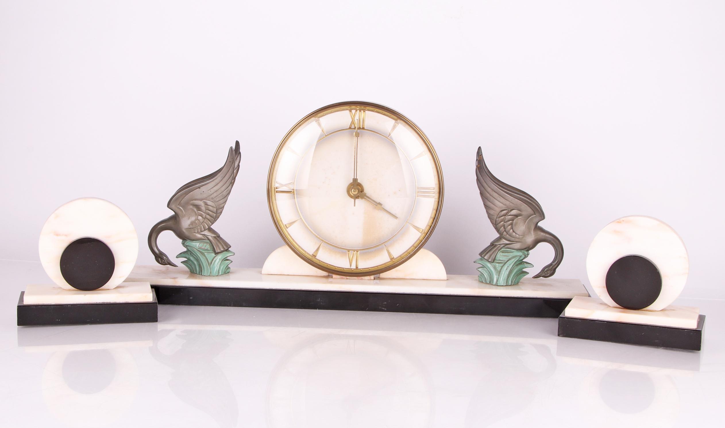 Art deco kaminuhr marmor uhr mantel clock figur figure schwan