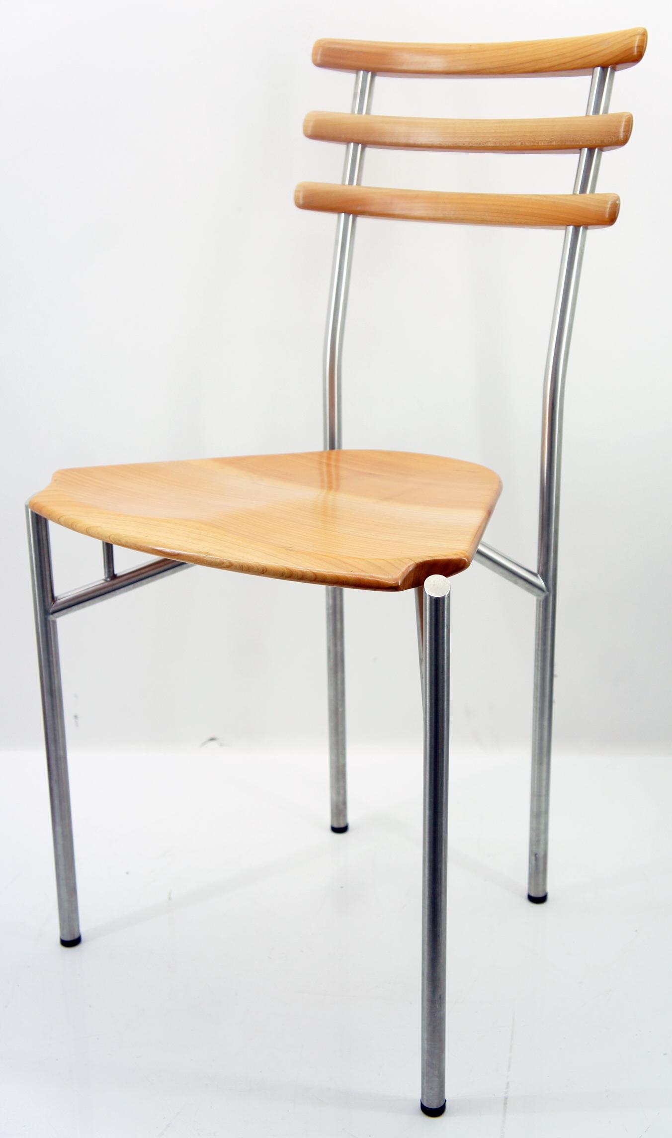 Zumsteg zwitzerland onda z15 stuhl massivholz birnbaum for Stuhl design gebraucht