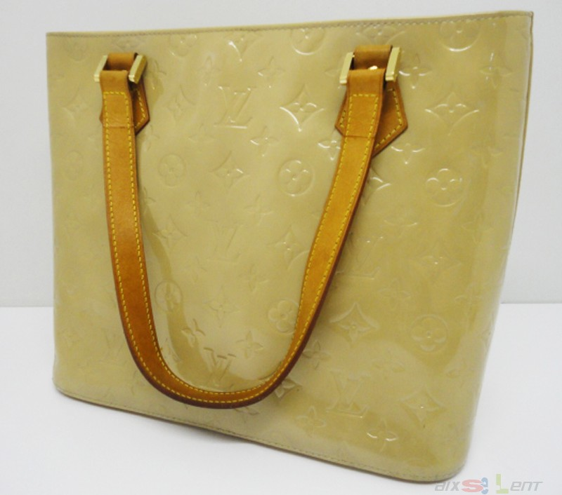 louis vuitton damen hand tasche beige lackleder monogram. Black Bedroom Furniture Sets. Home Design Ideas