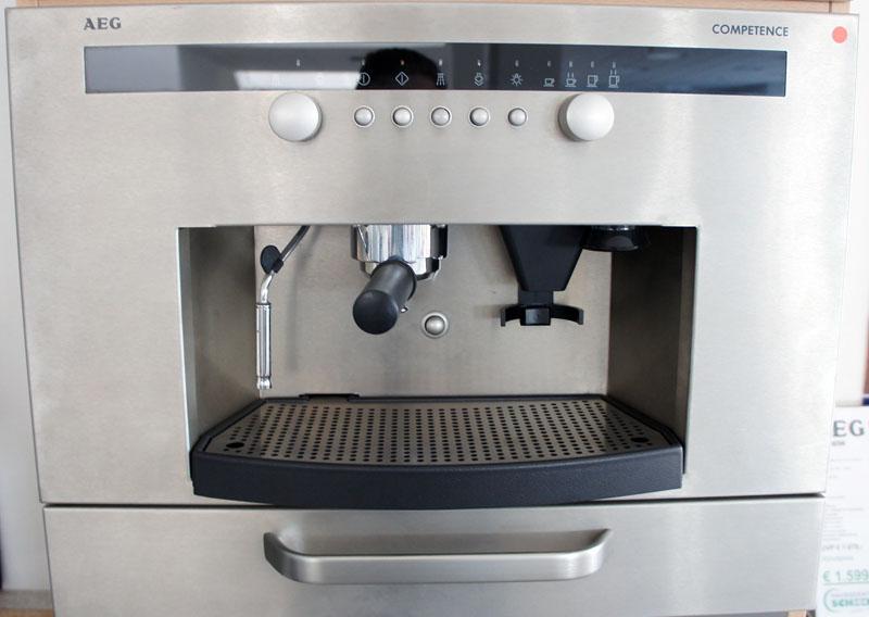 aeg 8038 m einbau espressomaschine ebay. Black Bedroom Furniture Sets. Home Design Ideas