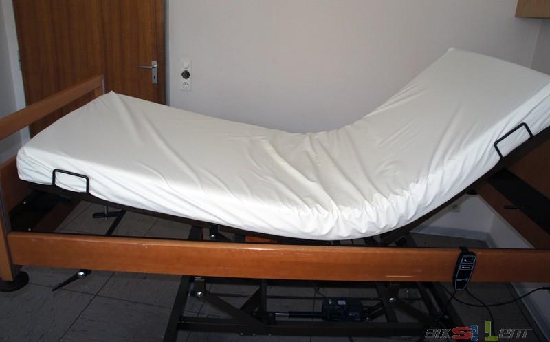 pflegebett krankenbett seniorenbett elektrisch verstellbar holz ebay. Black Bedroom Furniture Sets. Home Design Ideas