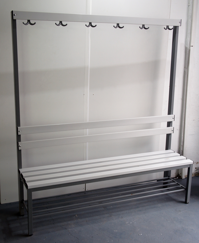 umkleidebank sitzbank fitness bank garderobe haken. Black Bedroom Furniture Sets. Home Design Ideas